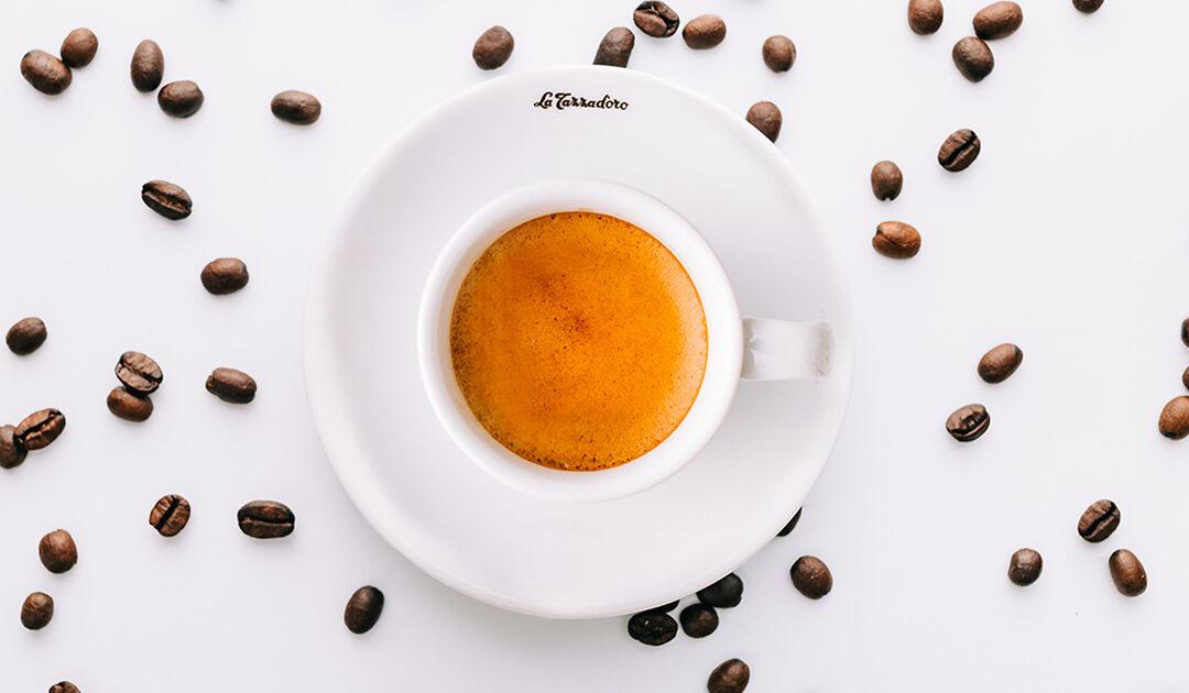 La crema del caffè – perchè è importante per noi italiani che un caffè ben fatto abbia la crema?